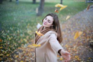 Claves para ser feliz al vivir solo
