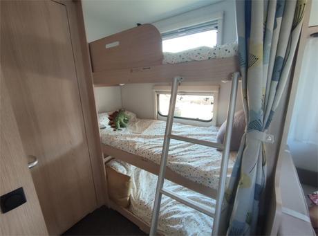 Home tour: como es nuestra caravana Adriá Aviva 522 pt por dentro