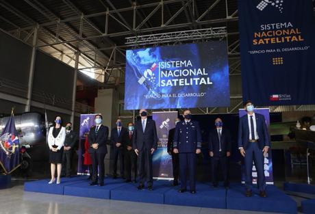 Chile anuncia la puesta en marcha de 10 satélites nacionales