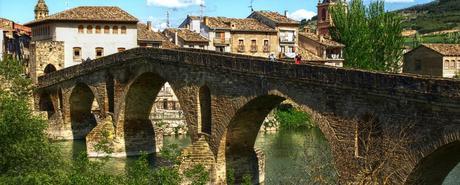 Qué ver y dónde dormir en Puente La Reina, Navarra - Clubrural