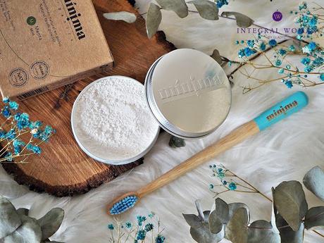 Limpieza bucal sostenible de la mano de Mínima Organics