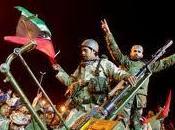 rebeldes toman Trípoli, Gadafi paradero desconocido.