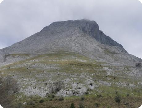 Anboto desde Arrazola pasando por Zabalandi