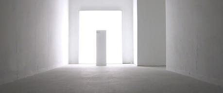 La primera escultura invisible no es de Salvatore Garau