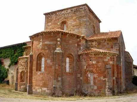 Archivo:Mave - Monasterio de Santa Maria la Real 13.jpg ...