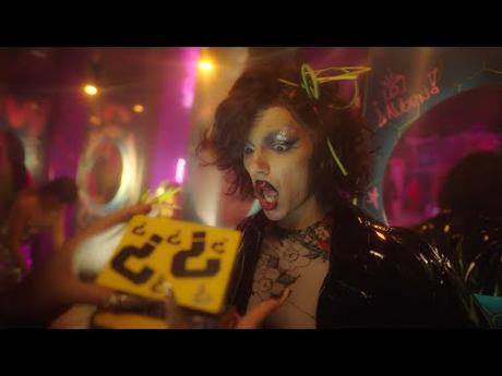 [Vídeo Telúrico] Samantha Hudson (con La Prohibida & Putochinomaricón) - Disco Jet Lag