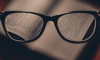 Un estudio sugiere que la sobrecorrección de la miopía puede exacerbar su progresión.