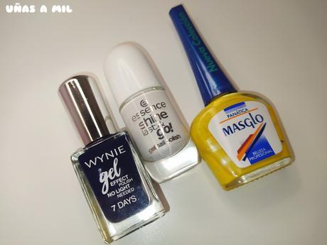 Diseño de uñas para primavera/verano con margaritas