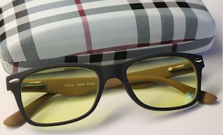 No hay pruebas de que los lentes amarillos ayuden a ver mejor de noche.