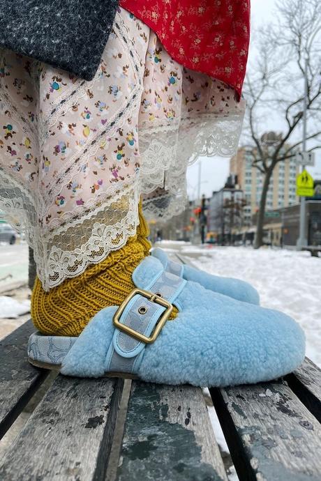 calzado moda 2021 zuecos furry