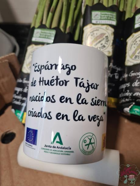 PASTA FRESCA CON ESPARRAGOS TRIGUEROS DE HUETOR TAJAR, GAMBAS Y  BACON