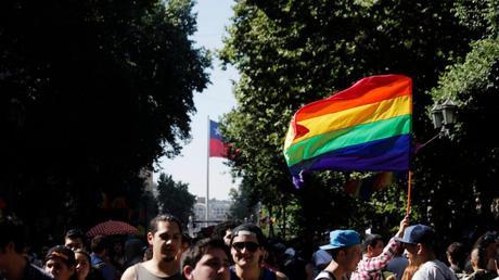Chile: Senado aprueba proyecto para legalizar el matrimonio igualitario