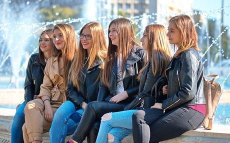 women 6342815 640 Hoteles en Andalucia
