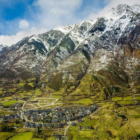 Benasque, un pueblo, un valle y mil aventuras en la montaña
