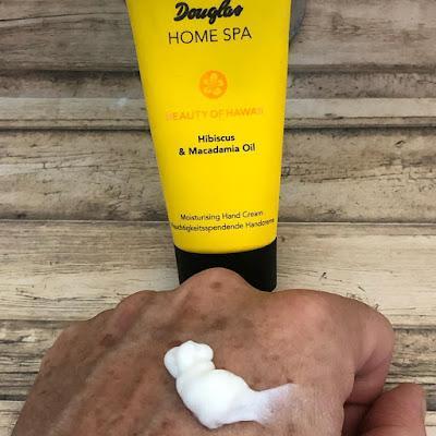 Crema de Manos. Hibiscus y Aceite de Macadamina. Beauty of Hawaii. Douglas Home Spa.
