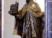 """ornamento entre obispos""""."""