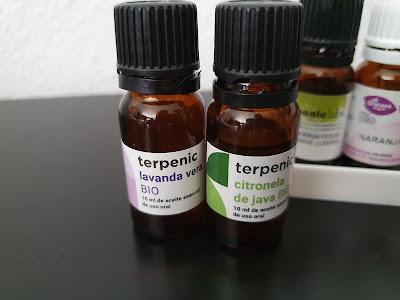 Aceites esenciales de citronela y de lavanda