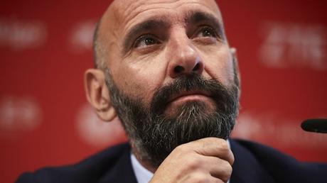 El Sevilla FC sigue trabajando en la 'operación salida' desde Portugal