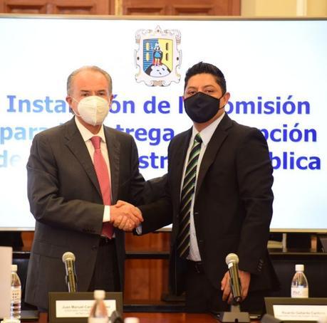 Inician proceso entrega-recepción entre Carreras y Gallardo