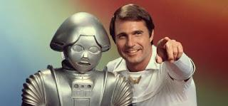 El infame 'Twiki' y Gil Gerard como 'Buck Rogers'