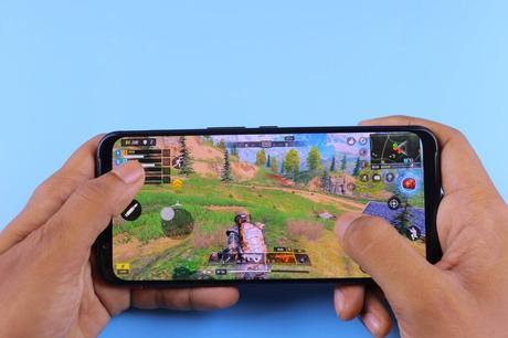 ¿Por qué jugar en móvil es cada vez más popular?