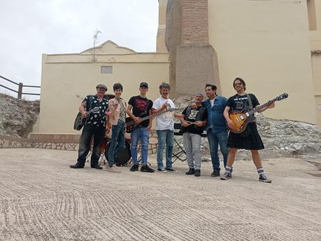 BLOGSSIPGIRL HA PARTICIPADO: BETWEEN HERE AND GONE (AQUÍ Y AHORA). EL MUSICAL DE SADIE DUARTE.