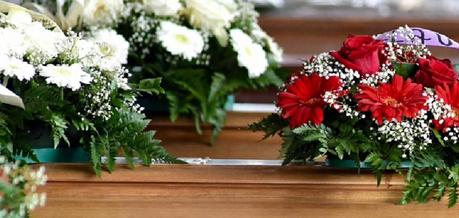 tipos de flores para difuntos y funerales 14