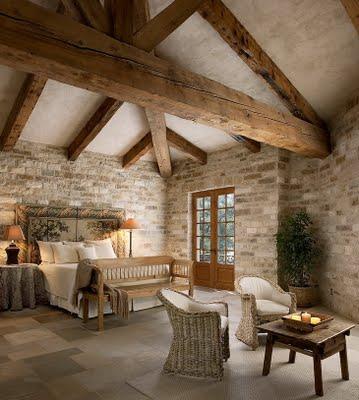 Dormitorios rusticos con techos en pendiente paperblog - Decoracion de techos rusticos ...