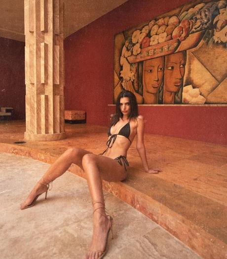 Emily Ratajkowski, la ¿modelo? de ultraizquierda 3
