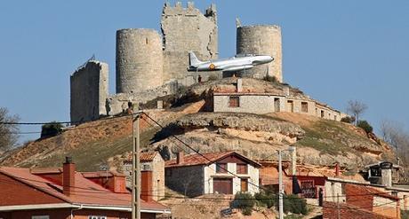 Castillo Coruña Conde avión Diego Marín Aguilera