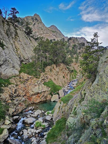 Circular a los valles de Remuñe y Literola (Intento fallido al Perdiguero)