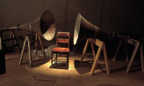 Entre al Álbum y el MP3: Variaciones en las Tecnologías y las Escuchas Sociales