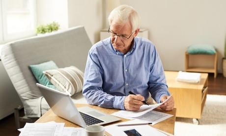 El INSS explica a los desempleados a punto de jubilarse, esta posibilidad para seguir cotizando