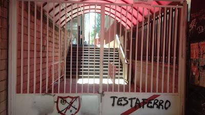 La guerra del Rayo Vallecano: un estadio (vacío) contra su directiva.