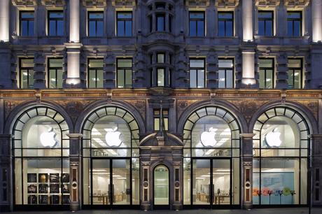 Regent-Street-Apple-Store-1050x700