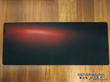 ANÁLISIS: Alfombrilla Genesis Carbon 500 Ultra Blaze