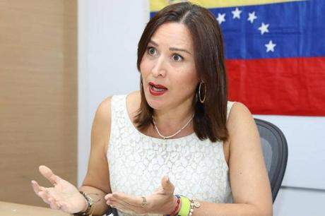 Embajadora Zavarce llamó a alzar la voz contra minorías que promueven la xenofobia contra venezolanos