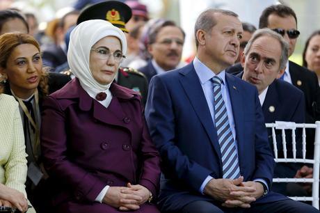 Emine Erdoğan, Premierminister Recep Tayyip Erdogan Tuerkei Mit Ehefrau Emine Erdogan Anlaesslich Des Koeniglichen E