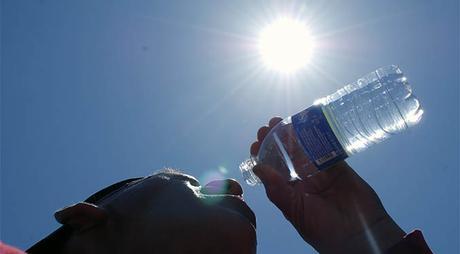 Altas temperaturas se mantendrán hasta mediados de octubre en el país
