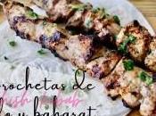 Brochetas pollo baharat
