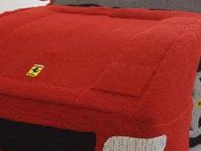 Ferrari hecho lana
