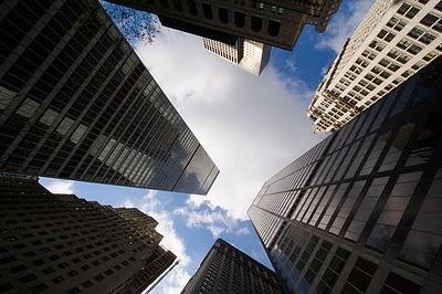 737 personas controlan el 80% de la economía mundial