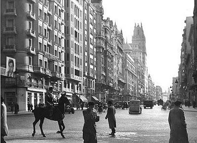 El ltimo caballo 1950 de edgar neville paperblog for Habitamos madrid