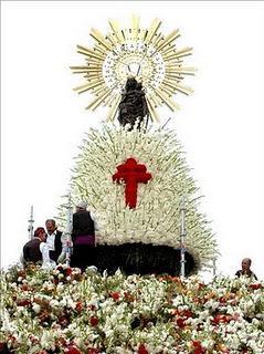 Ofrenda de Flores y Frutas a la Virgen del Pilar 2011