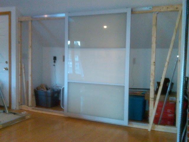 T preguntas ayuda para hacer un armario trastero con for Construir puerta corredera