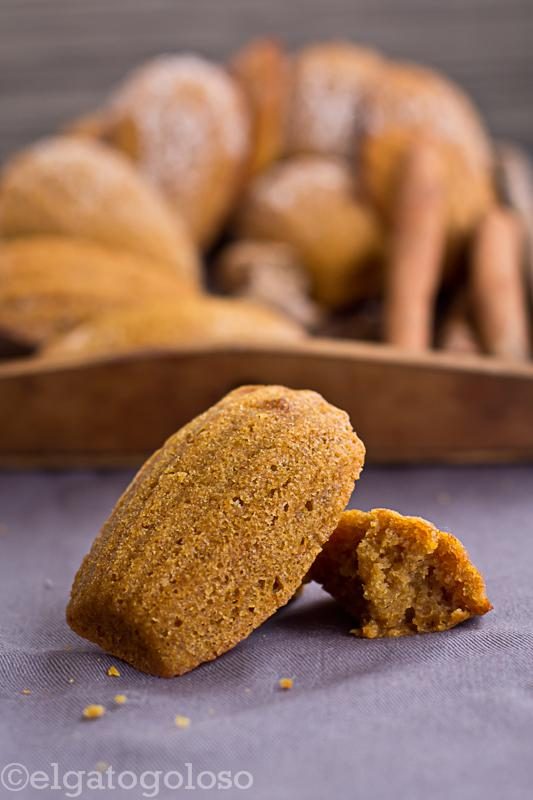 Pumpkin madeleines o Maigualidas de auyama