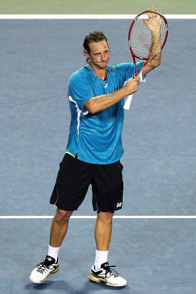ATP 250: Nalbandian dio clase, Chela fue eliminado