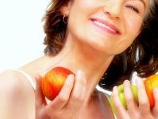¿Cómo tratar naturalmente síntomas menopausia?