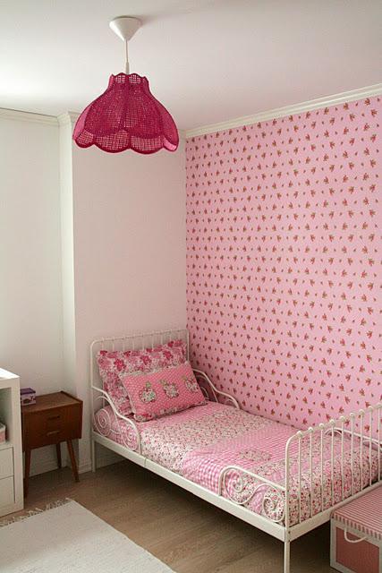 Diy pintar una l mpara de color rosa para un dormitorio infantil paperblog - Pintar dormitorio infantil ...