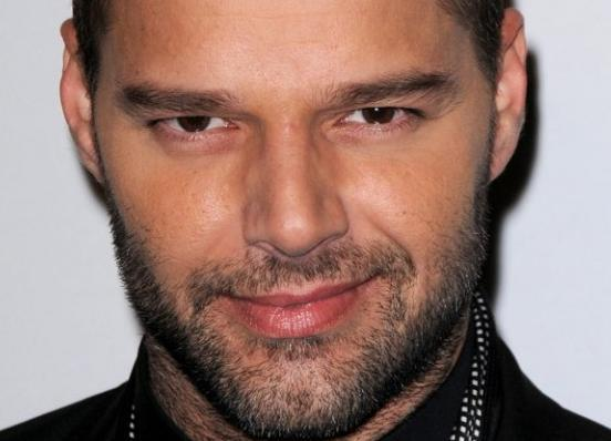 Quieres privilegios? Llamate Ricky Martin